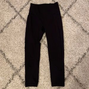 """Lululemon All The Right Places Crop Black 6 23"""""""